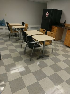 Before & After Breakroom Cleaning in Peabody, MA (3)
