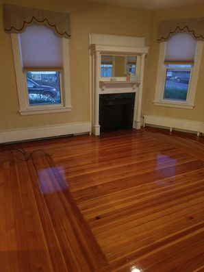 Woburn, MA House Cleaning - AFTER: Bathroom, Windows & Floors (4)