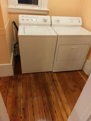 Woburn, MA House Cleaning - AFTER: Kitchen, Appliances & Floors (3)