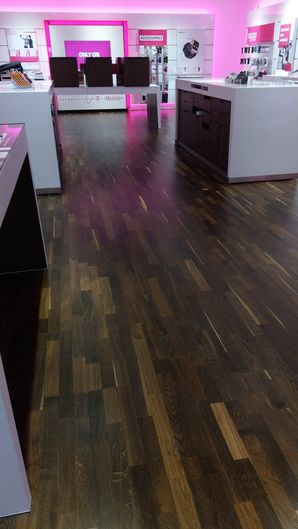 T-Mobile Store, Janitorial Services in North Andover, MA (3)